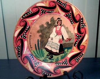 Swedish Norwegian Folk Art Wooden Plate Vintage Hand Painted Wood Pretty Woman Native Costume Svinesund Fjord Souvenir Made In Sweden Norway