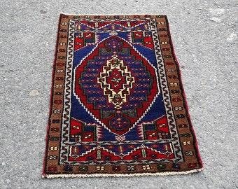 Oushak Rug for small space ,Vintage Turkish Rug ,Rug Door mat,Anatolian Vintage Oushak Rug ,Kilim Rug Ref.504