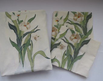 Vintage Full Double Flat Sheet plus 2 Matching Pillowcases by Utica -  Floral Bedding - Daylilies - Vintage Bedding Sheets Linens - Fabric