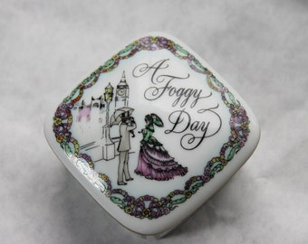 Franklin Porcelain Music Box 'A Foggy Day', Worlds Most Romantic Love Songs, vintage from 1984