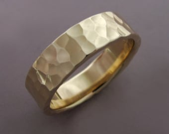 14k Gold Wedding Ring in Hammered 14k Recycled Yellow Gold, Choose a Width and Finish, Free Engraving