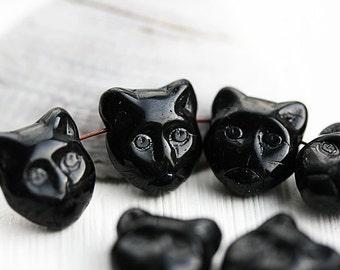 Black Cat beads, side drilled, Black cat head, czech beads, glass cat, pressed, feline, 8pc - 1720