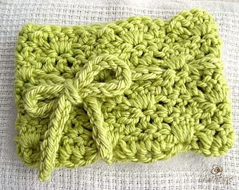 The Emma Crochet Neck Cozy , Wave Pattern Fashion Neck Gator, Crochet Scarf, Cowl, Infinity Scarf
