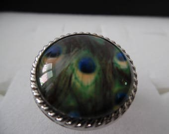 Peacock feathers, blue and green glass cabochon ring / Adjustable ring.