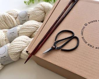 Grande Project Box // yarn + knitting tool bundle