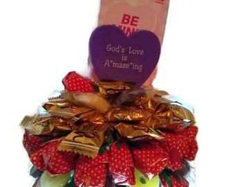Gods Love Maze valentine's bouquet