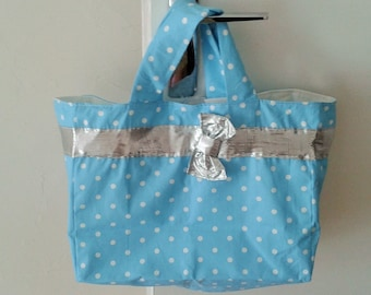 Bag turquoise with white dots and Silver Ribbon