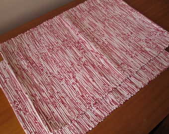 Handmade woven placemats | Red and white placemats | Set of 2 | Home decor | Kitchen decor |
