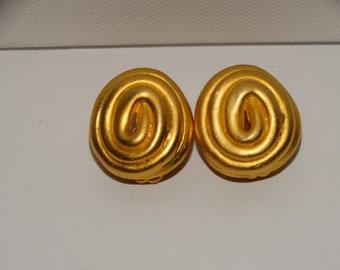 Norma Jean Designer Signed Clip On Earrings.