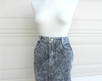 "80s Acid Wash Mini Skirt . SERGIO VALENTE . Deadstock NEW With Tag . Waist 25"" More Available"