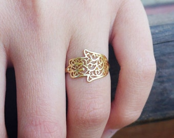hamsa ring, Gold hamsa ring (small surface), 14K hamsa ring, Solid gold hand ring, hand of god ring, filigree hamsa ring, unique hamsa ring