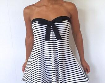 Striped Maternity Top - Strapless Shirt w Black Bow Detail - Black & White Shirt - Pretty maternity top - Dressy Maternity Shirt - Mom Gift