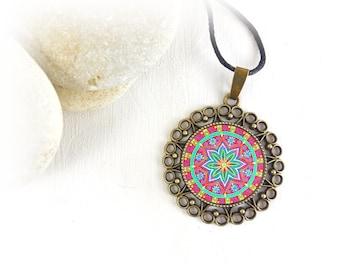 Collana con mandala, energia di guarigione su ciondolo, idea regalo originale sotto i 15 euro per futura mamma, amica, fidanzata e sorella.