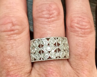 14k Gold Diamond Half Band Ring. Size 9, approx .30ctw, 5.1grams