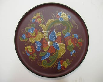 Norwegian Rosemaling on a 12 inch plate