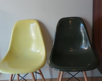 Vintage eames chair - Lemon Yellow