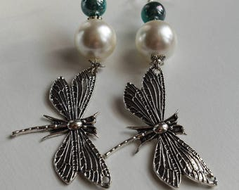 JEWELRY, pair of earrings long pearl beads and Butterfly