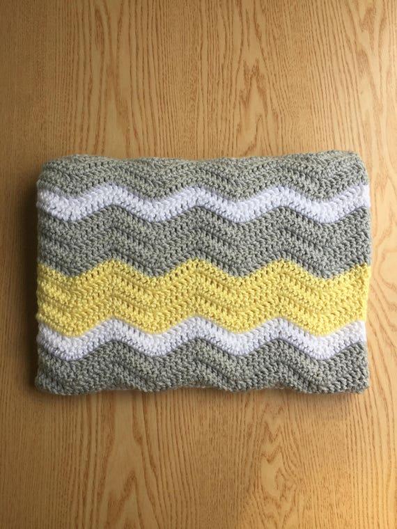 Gehäkelte Babydecke / gelb und grau häkeln Babydecke / Chevron