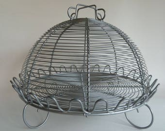 Cake stand with dome/Decorative Wire cage design/Looks like aluminum but is magnetic/Wire serving Dome/Picnic serving tray