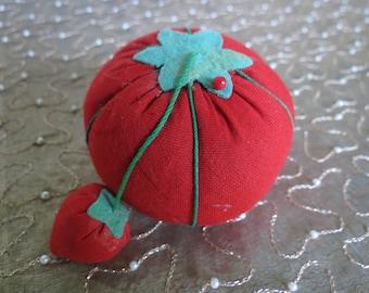 Tomato & Strawberry Emery Pincushion - Sewing Needle Pincushion