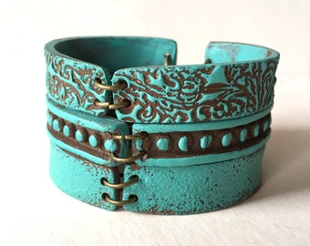 Turquoise Bracelet, Stackable Bangles in Turquoise, Colorful Bracelet, Textured, leather Inspired, Oriental, Navajo, Indian