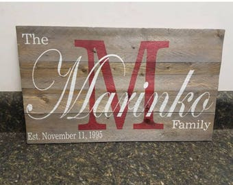 Last Name Sign, Family Name Sign, Established Sign, Wooden Name Sign, Rustic Decor, Farmhouse Sign, Anniversary Gift, Wedding Gift,