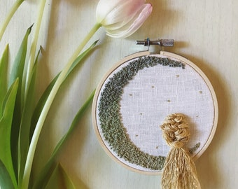 "She, French Foliage Luna | 4"" Hand-stitched Embroidery"