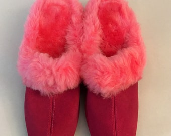 Vintage Pink Furry Fluffy Boudoir Slippers 60s 70s  Size 8B   #SA