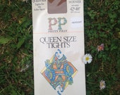Vintage Pretty Polly Quee...
