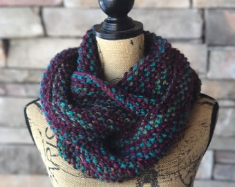 Infinity Scarf / Chunky Scarf / Oversized Scarf / Chunky Knit Scarf / Chunky Neck Warmer / Purple Scarf / Infinity Knit Scarf / Gift For Her