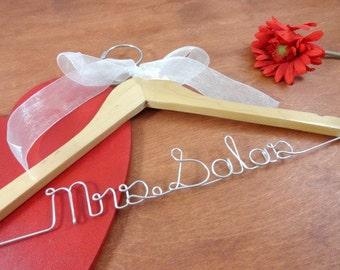 Bridal Name Hanger - Custom Name Hanger - Bride Hangers - Bridal Accessories - Wedding Dress Hangers - Personalized Hangers