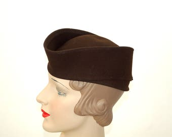1940s hat military style brown wool felt WWII era consumer protection label Size 22