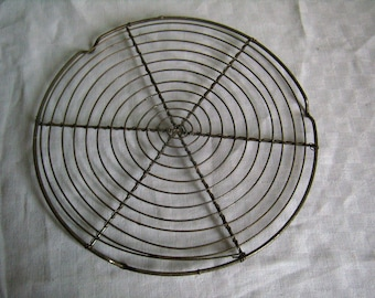 Cooling rack metal wire vintage French birdcage cake holder, grid wire cake rack, 8 ""