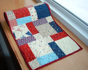 Handmade Quilted Table Runner Americana Patriotic Red Blue Cream Beige Disappearing Nine Patch