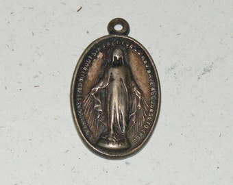 Vintage Miraculous Medal Virgin Mary Beautiful Patina