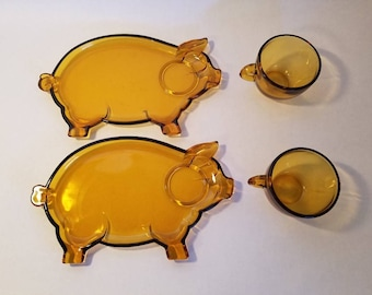 Vintage Pig Glass snack plates with matching cups Amber Piggy