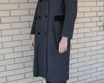 90s gray wool coat, 1990s Rothschild outerwear, vintage coat velvet trim, double breasted overcoat, coat with pockets