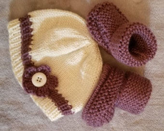 Hand knitted baby girl hat & booties set