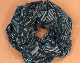 "The Traveling Scarf - Teal and Black ""Plaidish"" (Short)"