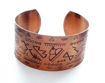 Vintage Wide Copper Cuff, Southwest Tribal Cuff, Southwestern Copper Bracelet, Vintage N A Style Cuff, Tribal Symbol Cuff Bracelet