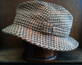 Vintage English Old Bond Street Houndstooth Hat Size 22.5 circa 1960-70's / English Shop