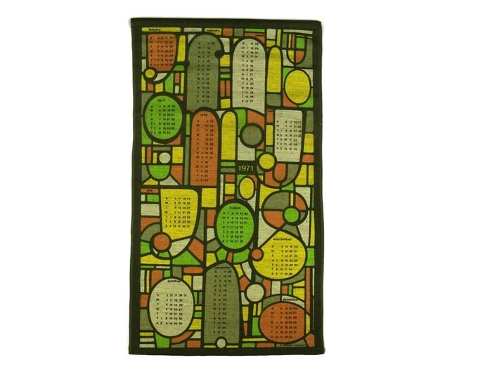 Vintage 1971 Printed Tea Towel Calendar. 1970s Orange and Green Stained Glass Print Tea Towel. 1971 Birthday Gift.