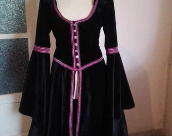 Medieval Fantasy Svizero Velvet overcoat