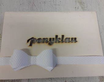 Plastic Fly strip white wedding tuxedo tie loop points