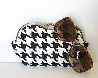 Houndstooth large sunglasses case, sunglass case, eyeglass case, sunglass case holder, small clutch, coin purse, case for sunglasses