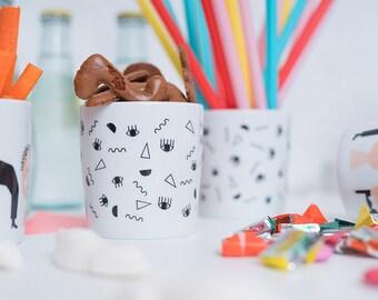Auge.Nase.Mund | Porzellanbecher, Tasse, Becher, Porzellan, Kaffee, Kindertasse, Konfetti, Geschirr, Frühstück, Kaffeetasse, Muster, Dekor