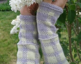 "Woman's wristwarmers (""Old-Freshened"") knitting pattern (PDF)"