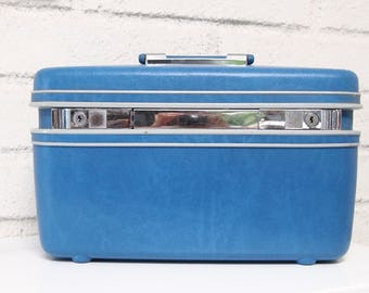 Vintage Contour by Samsonite Train Case