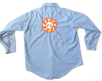 Vtg. Embroidered Sun 70s Button Up Shirt / Size Large