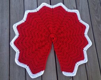 Crochet red and white Christmas tree skirt